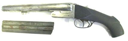 Geweer FAUL kaliber 10, een identiek wapen werd teruggevonden in het kanaal te Ronquières
